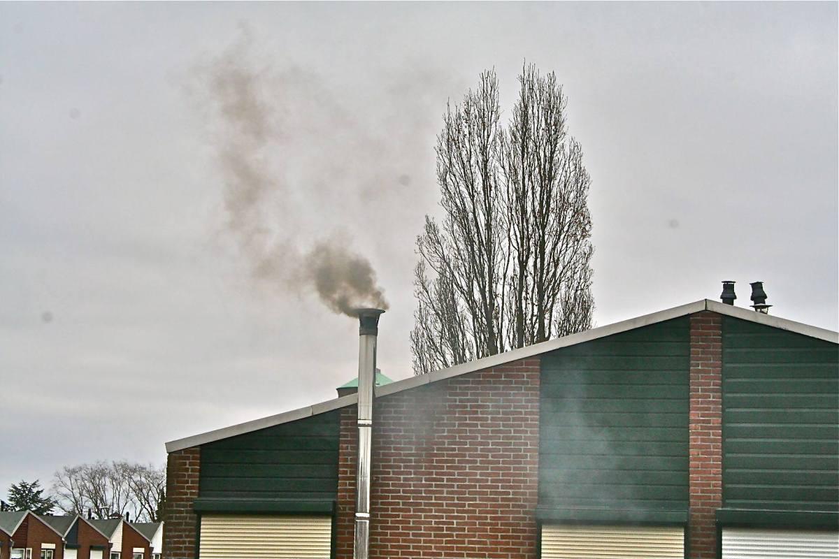 Schade vergoeding voor gedupeerden van houtrook ehh tabaksrook....